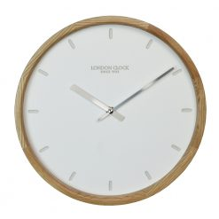 Klokke wall clock shown front on