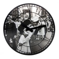 Kiss me in New York NeXtime Wall Clock with Black Hands